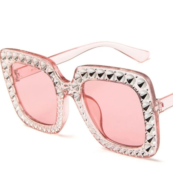 5218ebafc oculus Accessories | Shining Diamond Sunglasses Women Design | Poshmark